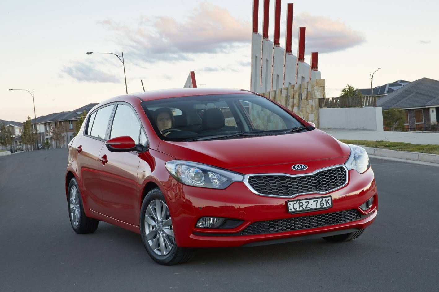 news s premium model headlines kia s updated 2015 cerato lineup. Black Bedroom Furniture Sets. Home Design Ideas
